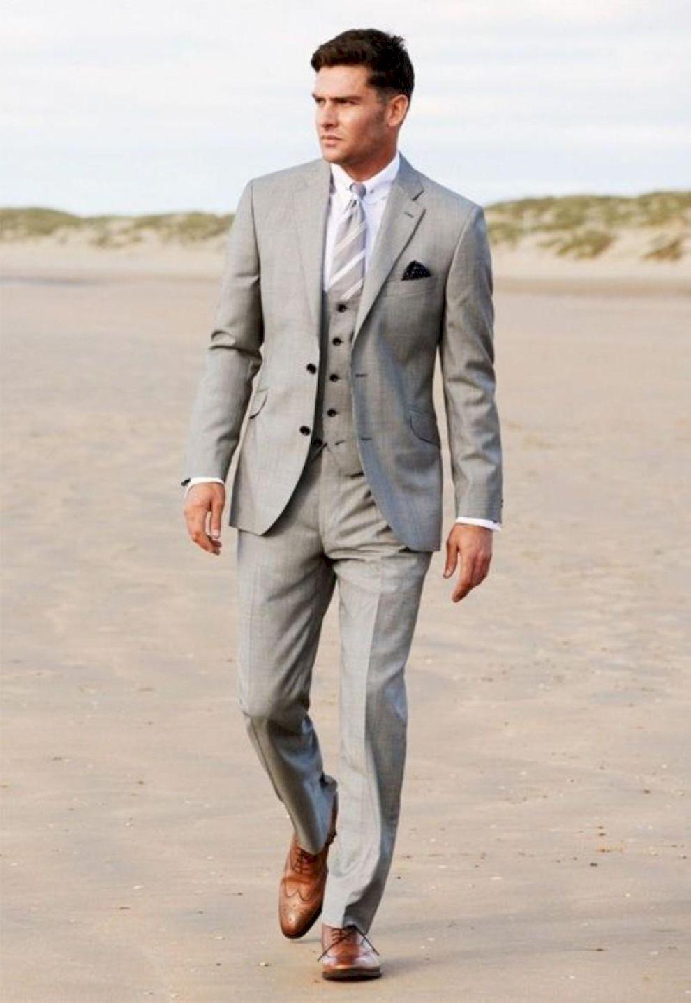 69 Charming Grey Groomsmen Suits Ideas | Gray groomsmen suits ...