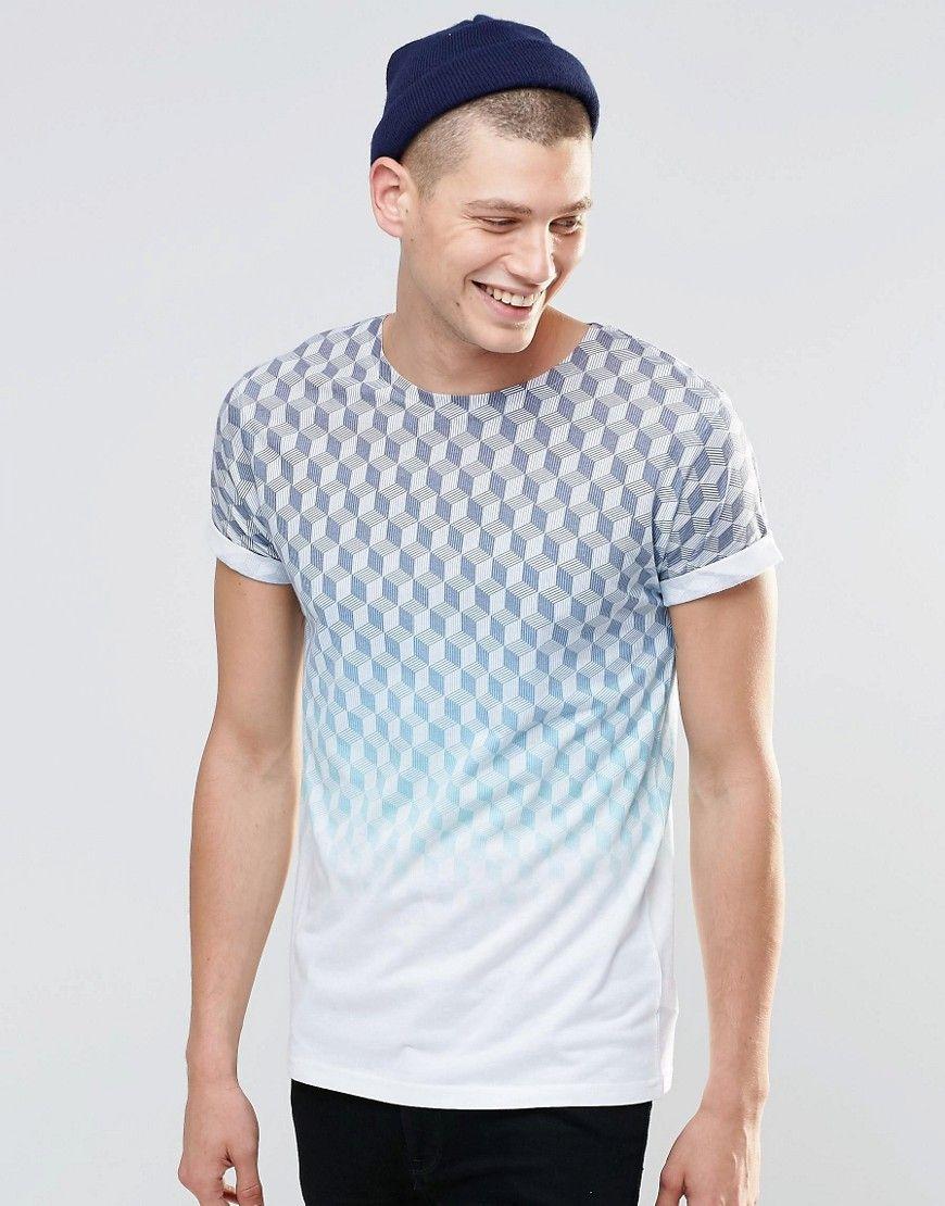 Camiseta con manga remangada y estampado en azul descolorido de River  Island at asos.com
