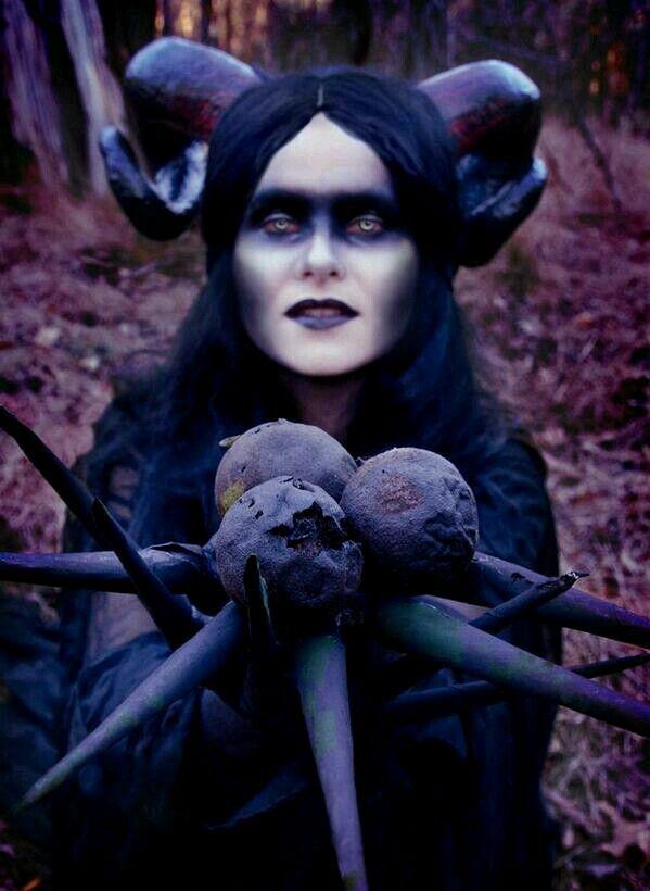 Debil lady ;)