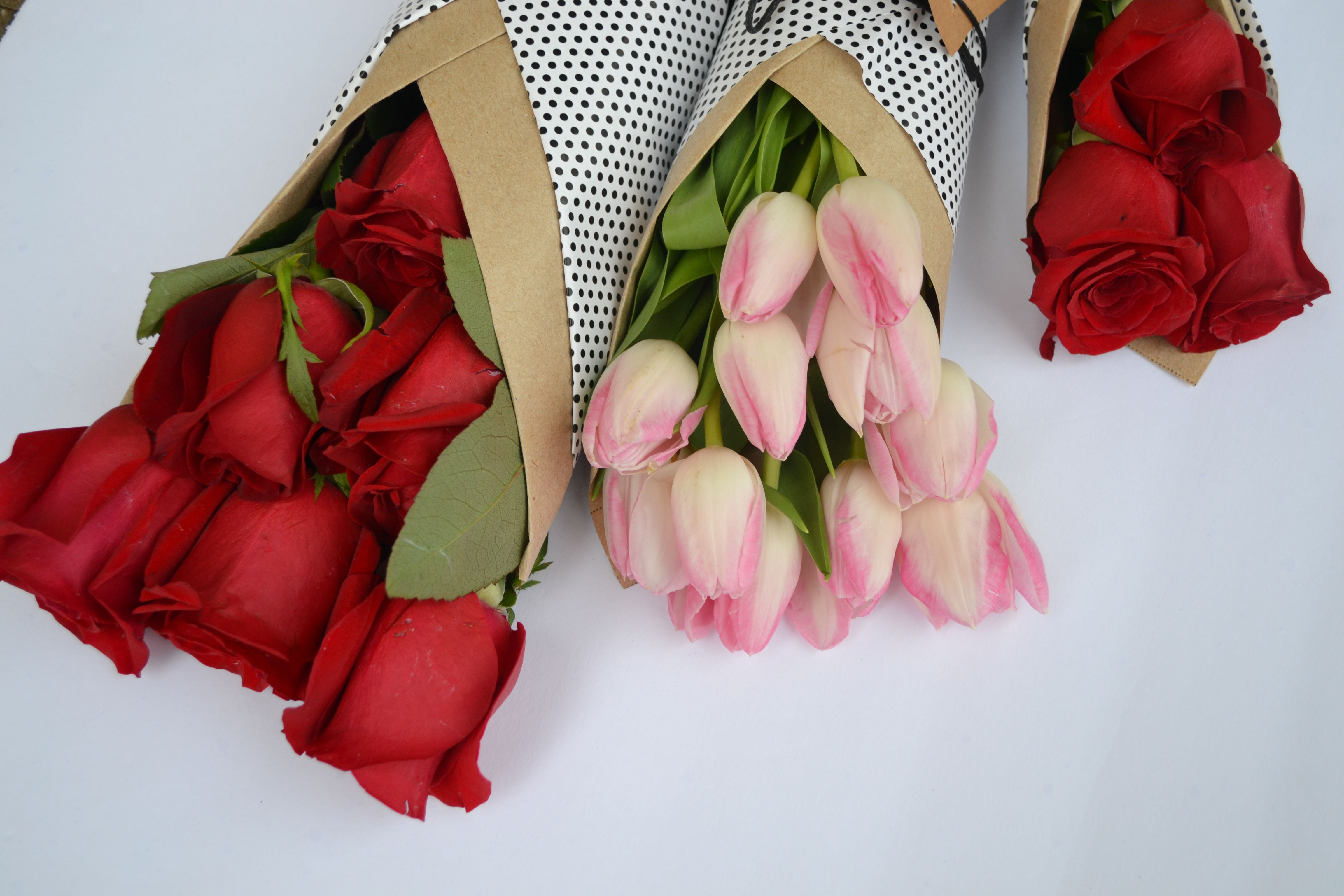 Image result for Red roses and pink tulip bouquet