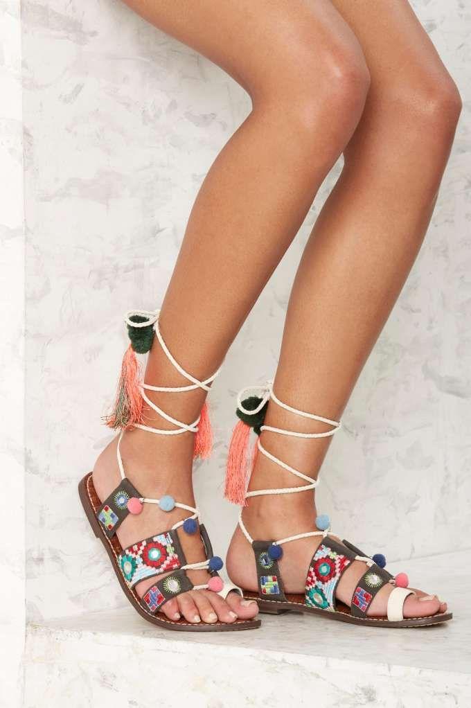 Sam Edelman Gretchen Embroidered Gladiator Sandal | Shop Shoes at Nasty Gal!