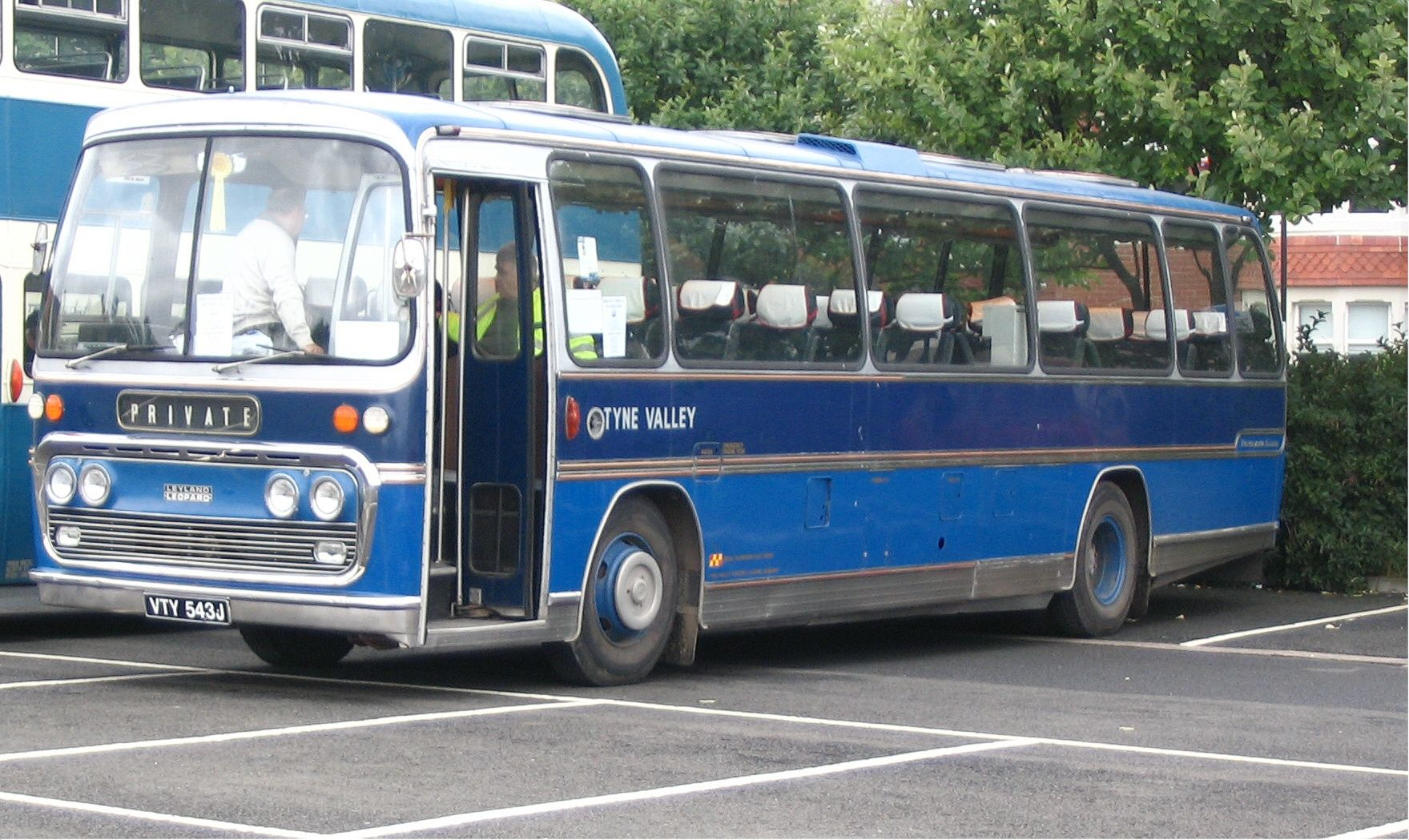 Tyne Valley blue bus