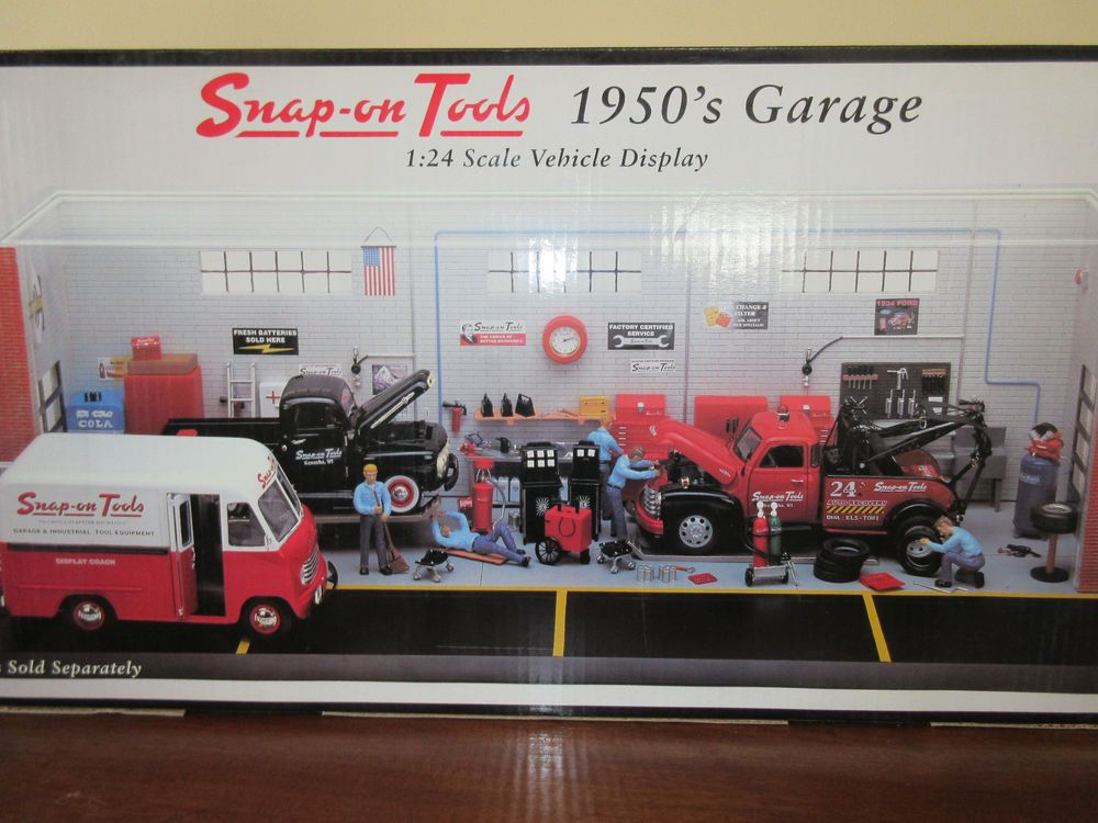 Snap On Tools 1950 S Garage 1 24 Scale Vehicle Display Diorama
