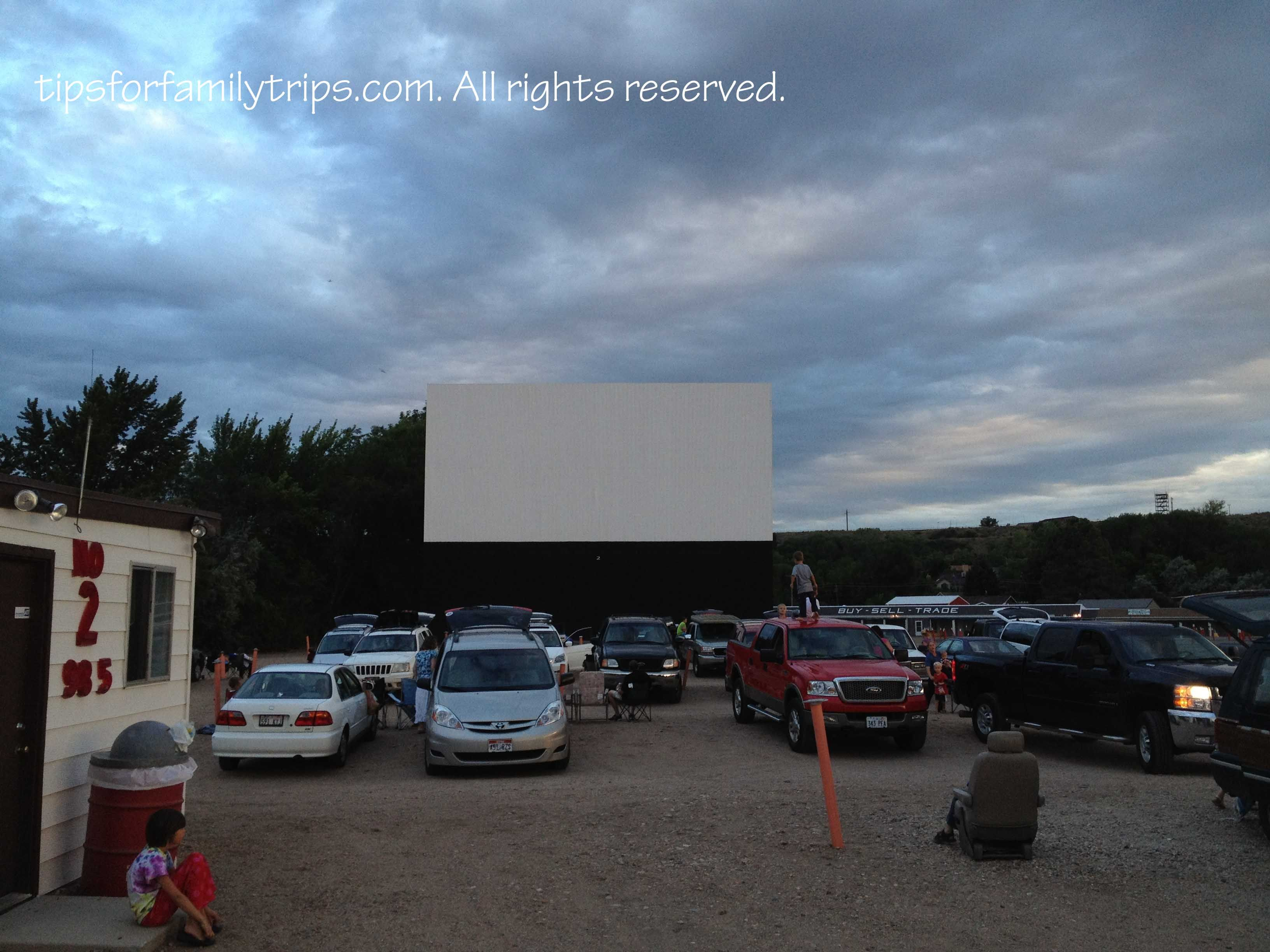 10 Drive In Movie Tips For Families Drive In Movie Drive In Movie Tips Drive In Theater