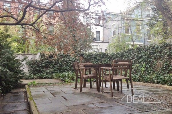 Amazing 3BR in Brooklyn Heights with Shared Backyard!