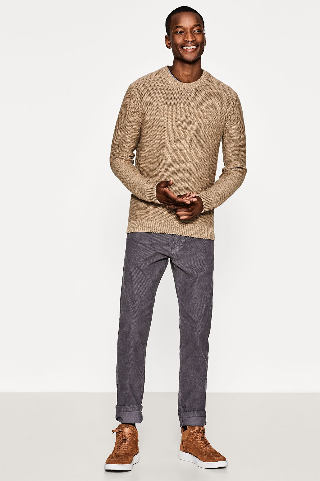 318dff1188d476 Oliver Kumbi for Esprit #knitwear | Mac & Neal Suited and Booted in ...