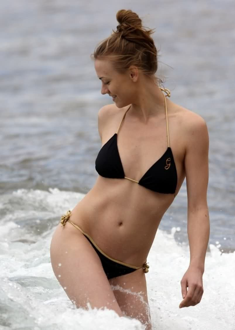 Bikini Yvonne Strahovski naked (36 photo), Is a cute