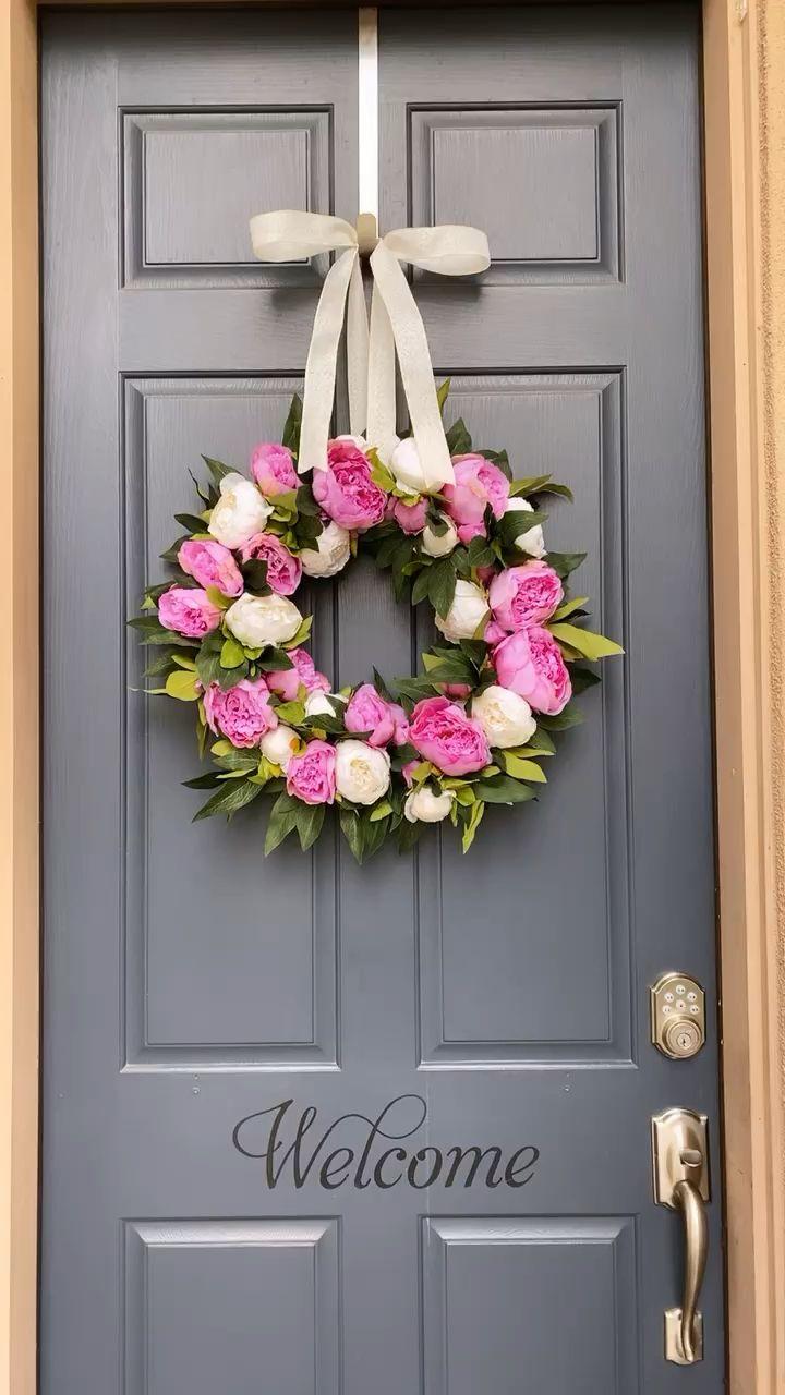 Photo of Peony wreath
