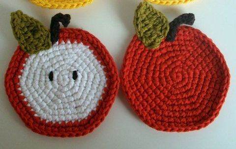 ComfyDwelling.com » Blog Archive » 15 DIY Fruity Coasters For Cheerful Summer Meals