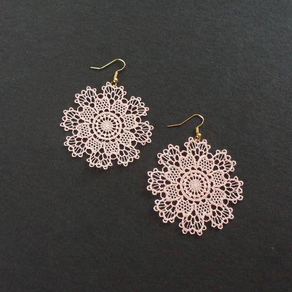Pink Snow Flake Christmas Earring Round Flower Blossom Blush