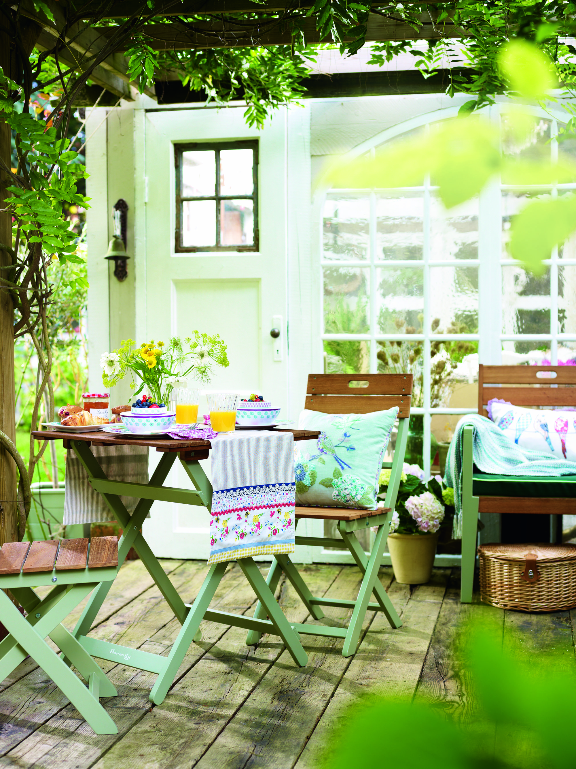 Garden Furniture Pastel Paint