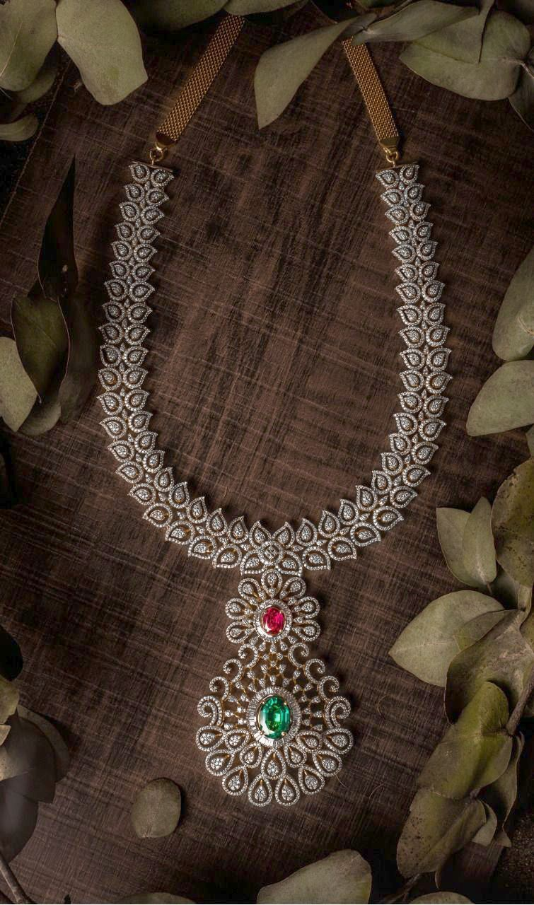 Malabar Gold Simple Diamond Necklace Designs With Price For