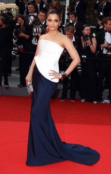 Aishwarya Rai #Cannes2011