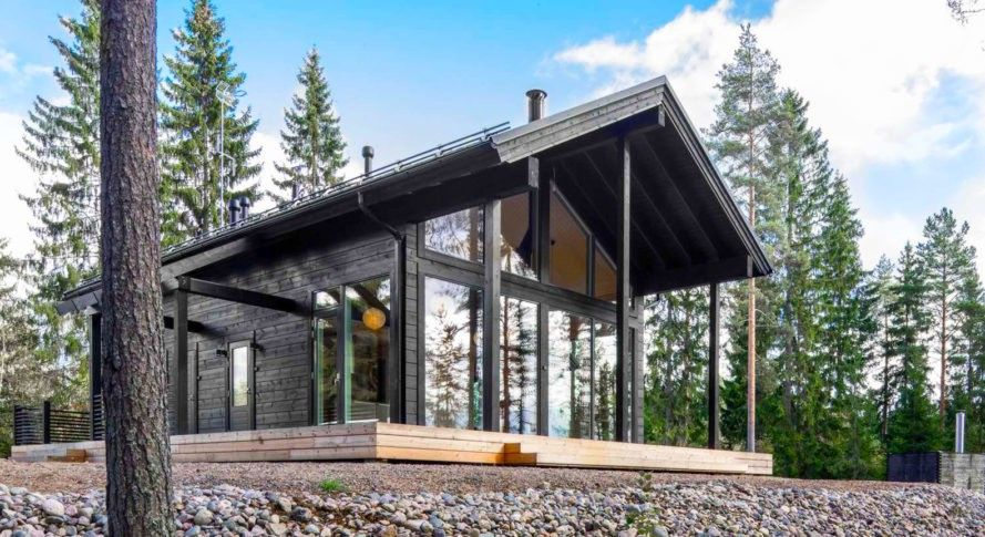 This Modern Log Home In Finland Is Heated By The Earth Cabin Kit Homes Modern Log Cabins Cabin Design