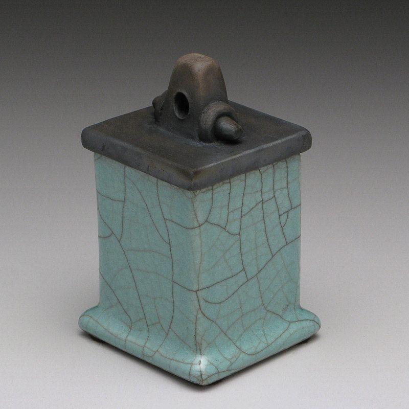 Green Ceramic Handmade Box Ceramic Box Raku Trinket Box 30 00 Via Etsy Ceramic Boxes Clay Box Ceramic Pottery
