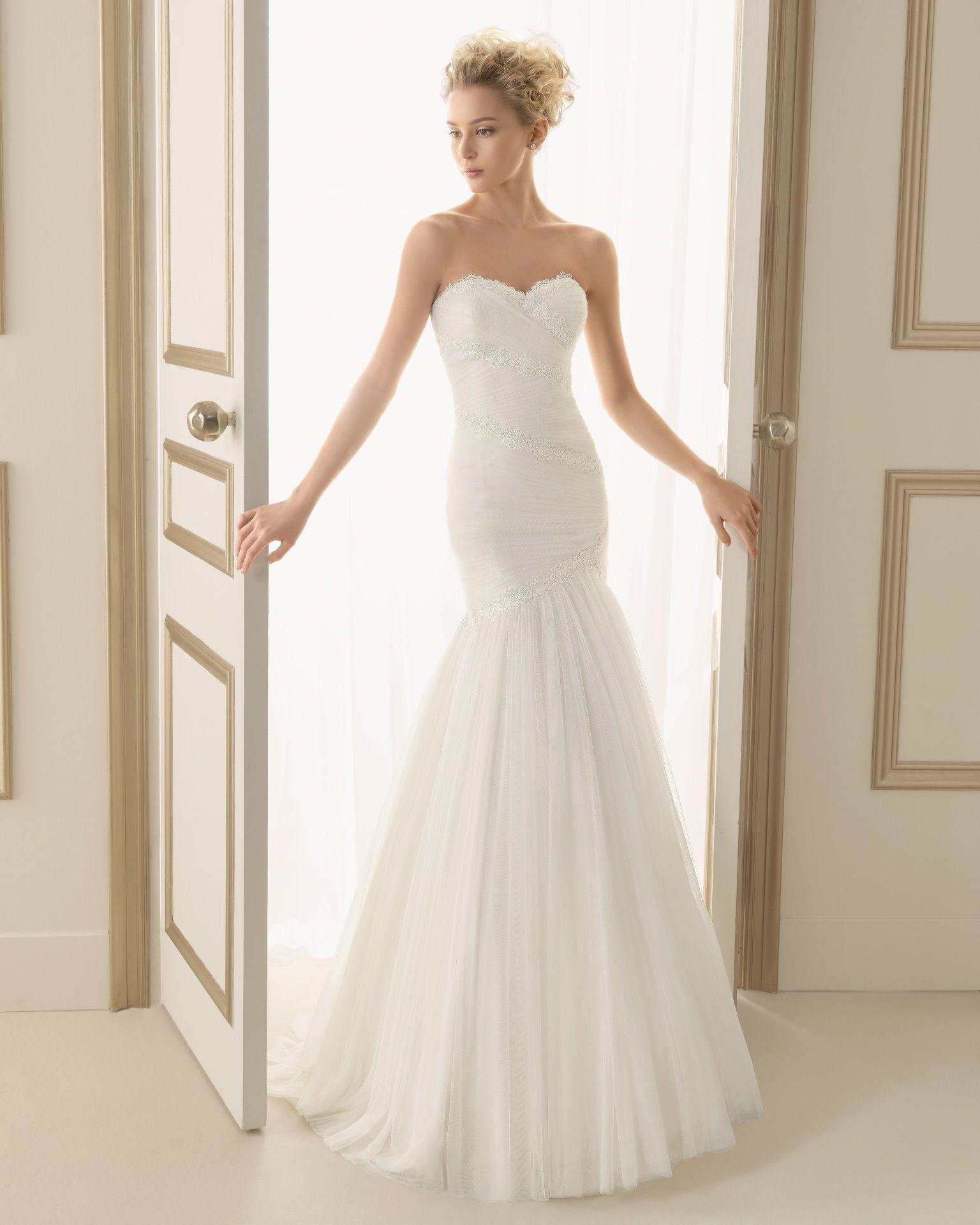 Best wedding dresses for full bust   ELISA  Wedding Dresses   Collection  Luna Novias