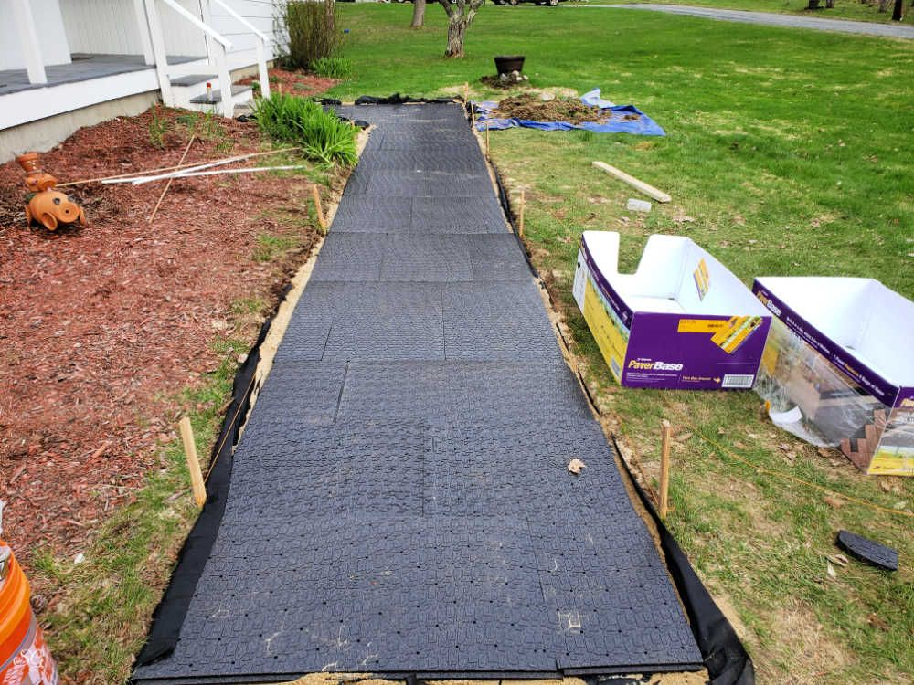 How to Create a DIY Paver Walkway in 2020 Paver walkway