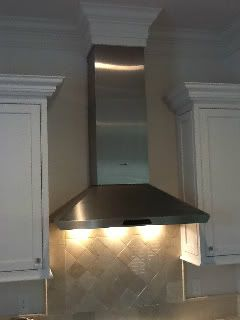 New Build Kitchen Ducting Requiring A Box Around Top Of Hood Kitchens Forum Gardenweb Kitchen Redecorating Kitchen Soffit Custom Range Hood