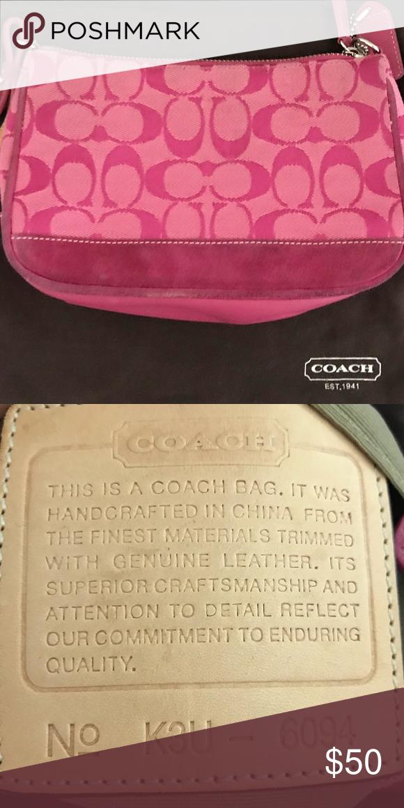 b97f366e8fb Authentic Coach wristlet Pink Coach wristlet. Coach Bags Mini Bags