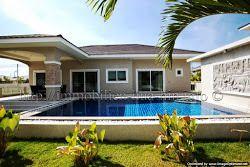Ausgezeichnete Lage, Finanzierung möglich! http://immobilien-hua-hin.info/atemberaubende-luxus-pool-villa-auf-privatem-grundstuck-nr-ahp3569/