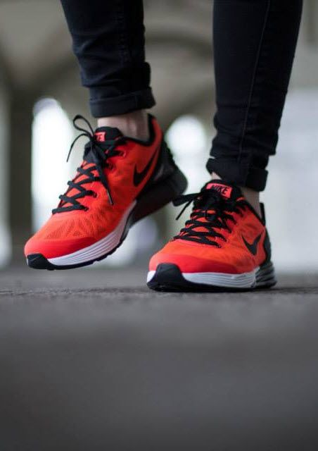 new concept b0584 8dbbe Nike Lunarglide 6  Red