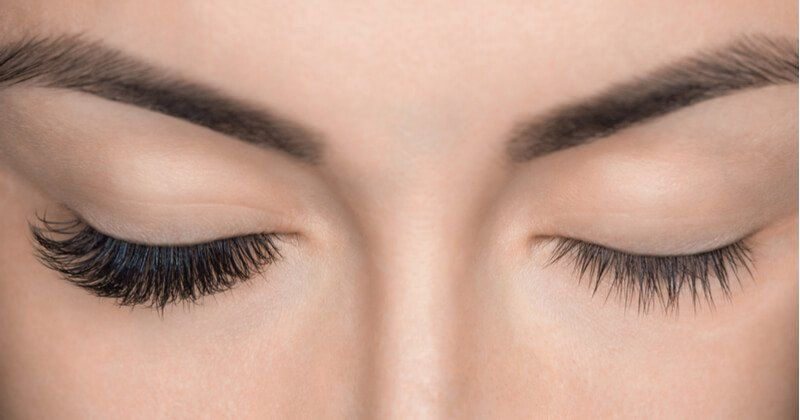 Eyelashes falling out? Amazing Natural Tips To Grow Them ...