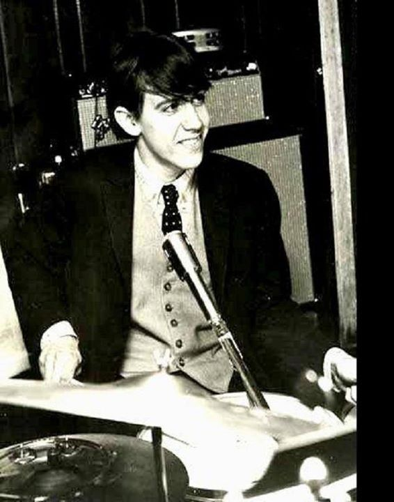 Iggy Pop on drums for The Iguanas in 1962.