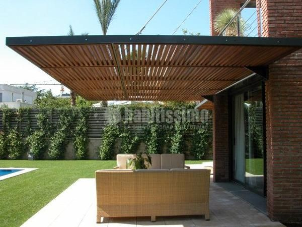 Fotograf a de p rgolas para protecci n solar en una - Marquesinas para terrazas ...