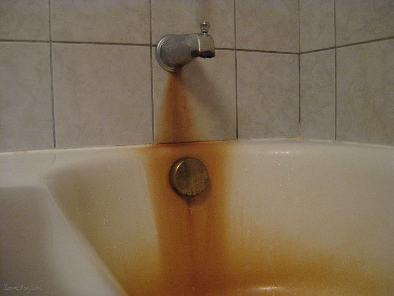 Rust Stains In A Bathtub After Using Cotton And Bleach