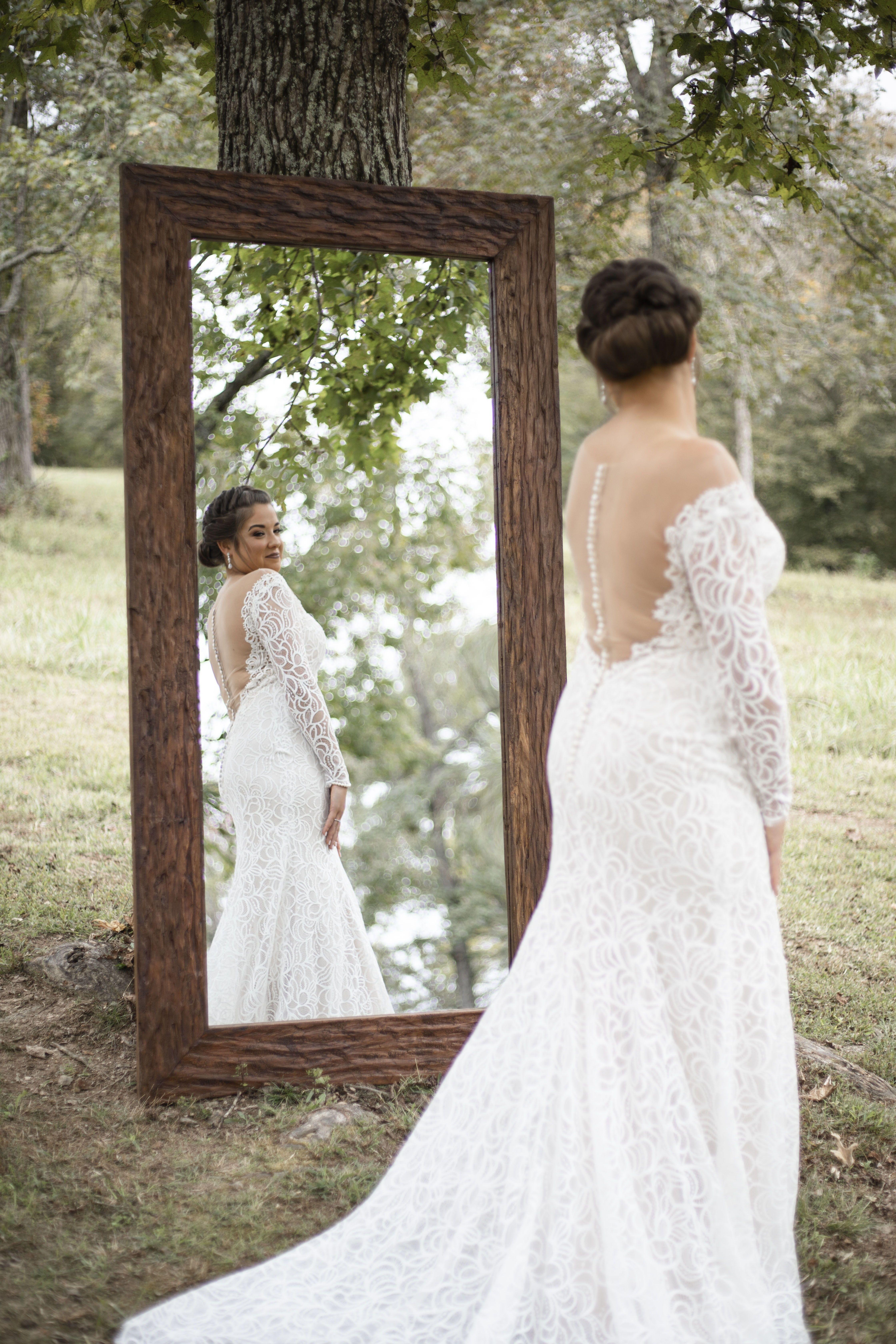 Rustic Tennessee Wedding   Outdoor TN Wedding #bridalportraitposes