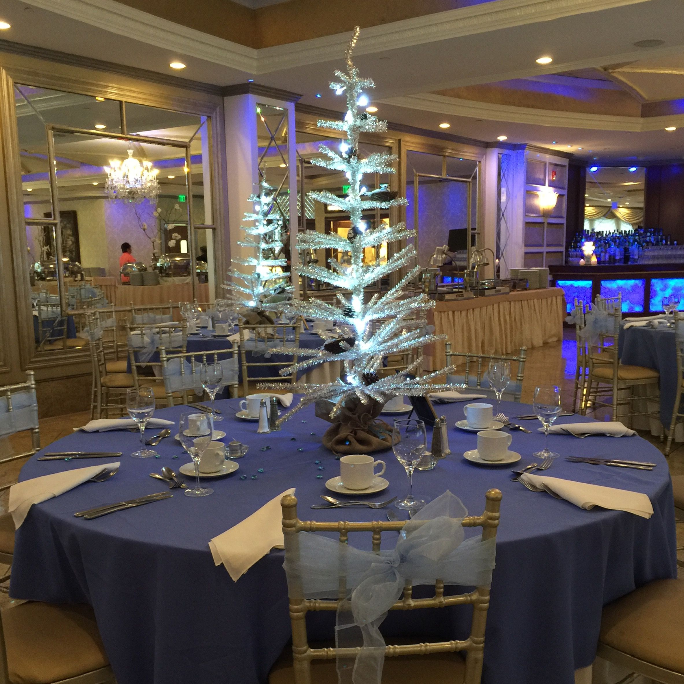 Wedding decorations dollar tree  Pin by Nicolle on  Reillyus Sweet Sixteen ud Winter Wonderland