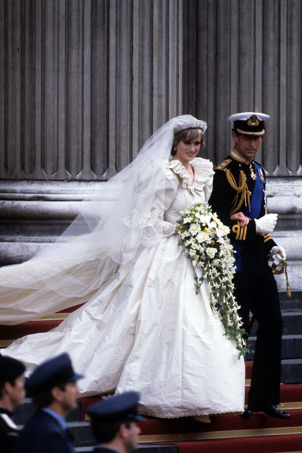 Princess Diana S 40 Most Amazing Gowns Of All Time Princess Diana Wedding Dress Diana Wedding Dress Princess Diana Wedding