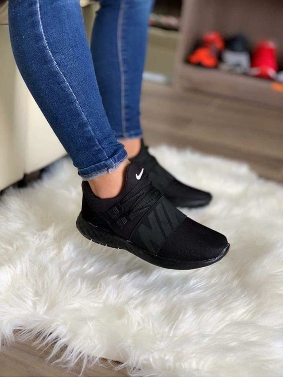 Black sneakers and jeans | Black nike shoes, Black nikes