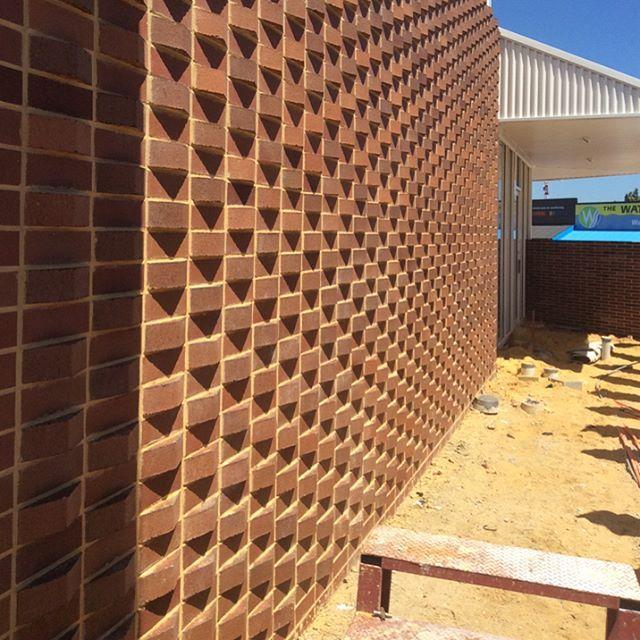 Saddleback Bricks Pattern 25 Likes 2