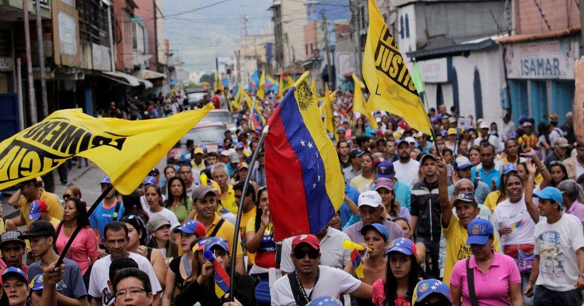 g1: Oposição venezuelana realiza novos protestos contra Maduro https://t.co/fguQLA4ZN4 #G1 https://t.co/AQCWIS4Lal