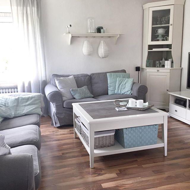 Wohnzimmerbereich  #whiteliving#white#grey#scandicinterior#scandinavianhome#scandinaviandesign# Ikea#