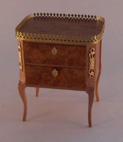 Bombe Chest by Tony Jones - $190.00 : Swan House Miniatures, Artisan Miniatures for Dollhouses and Roomboxes