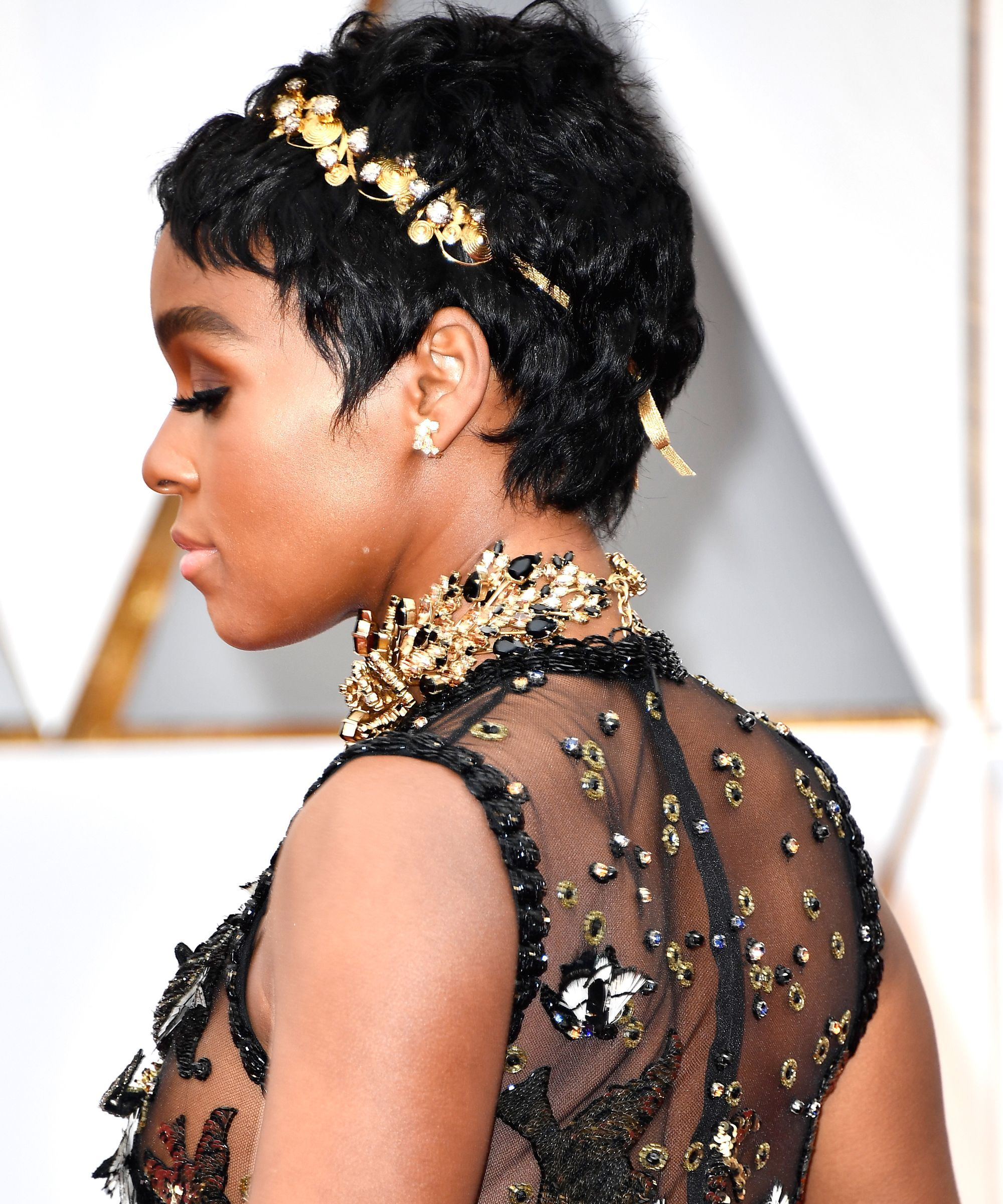 Continue to perfect pixie haircuts part 2 the traditional pixie - Janelle Mon E S New Super Short Haircut Just Won The Oscars Red Carpet