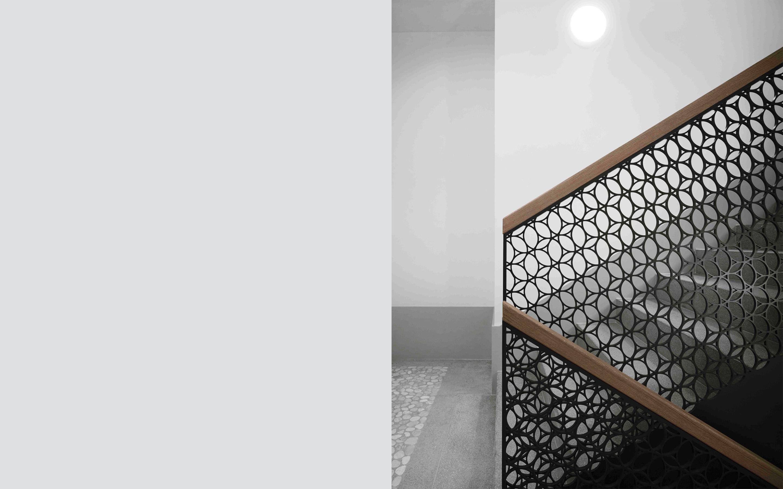 Beziehungsreicher Rahmen – Ornamentales Gitterwerk verleiht einem ...