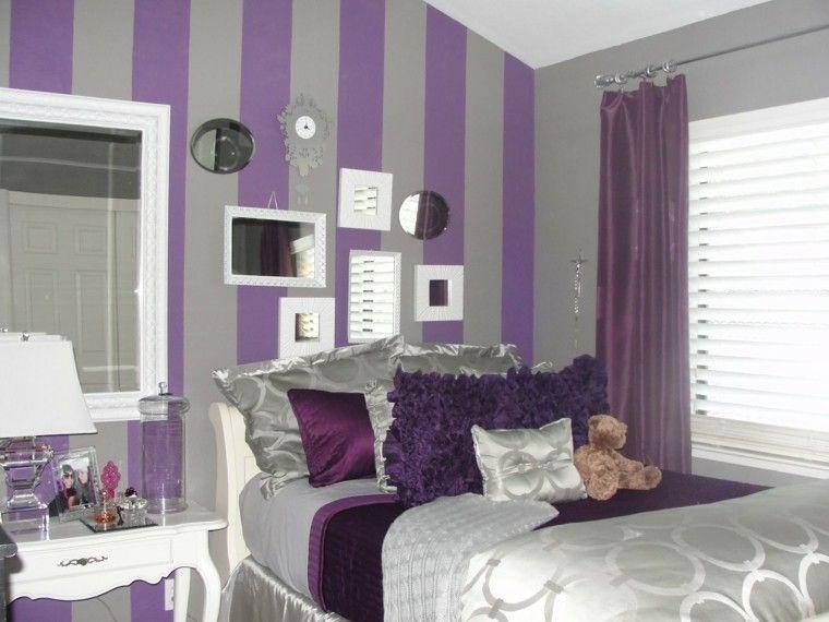 purpura y gris y espejos decorativos