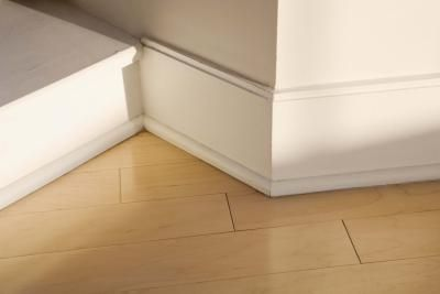 How To Repair Gaps In Molding