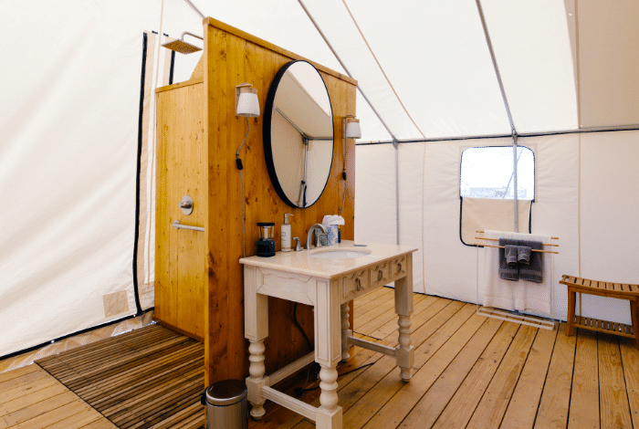 Governors Island Luxury Camping Retreat In Nyc Collective Retreats In 2020 Yurt Home Tent Living Round Mirror Bathroom