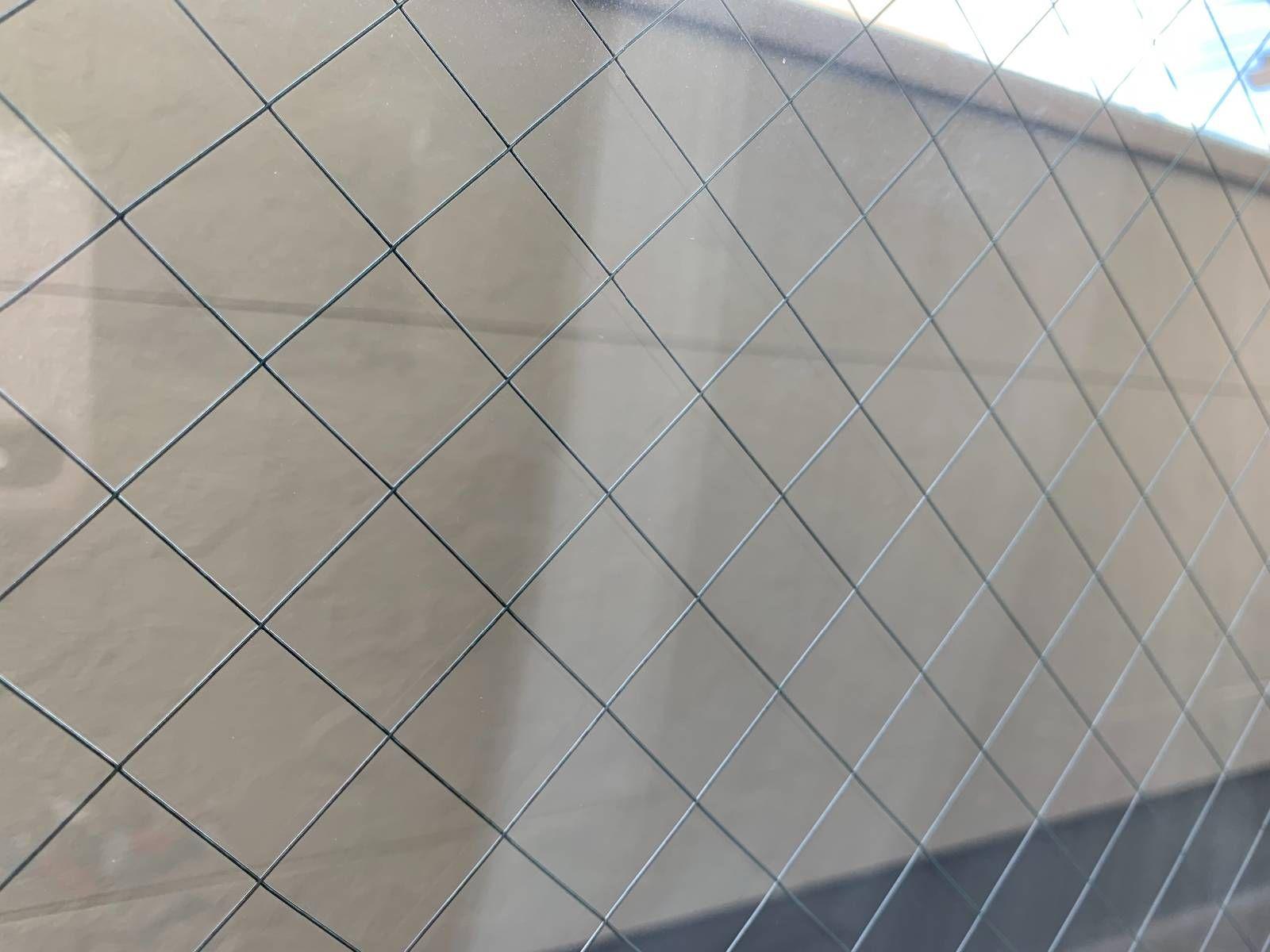 オキシクリーンで壁紙を掃除 フローリングもソファも リビングを丸ごときれいにする方法 オキシクリーン 壁紙 掃除 リビング 掃除