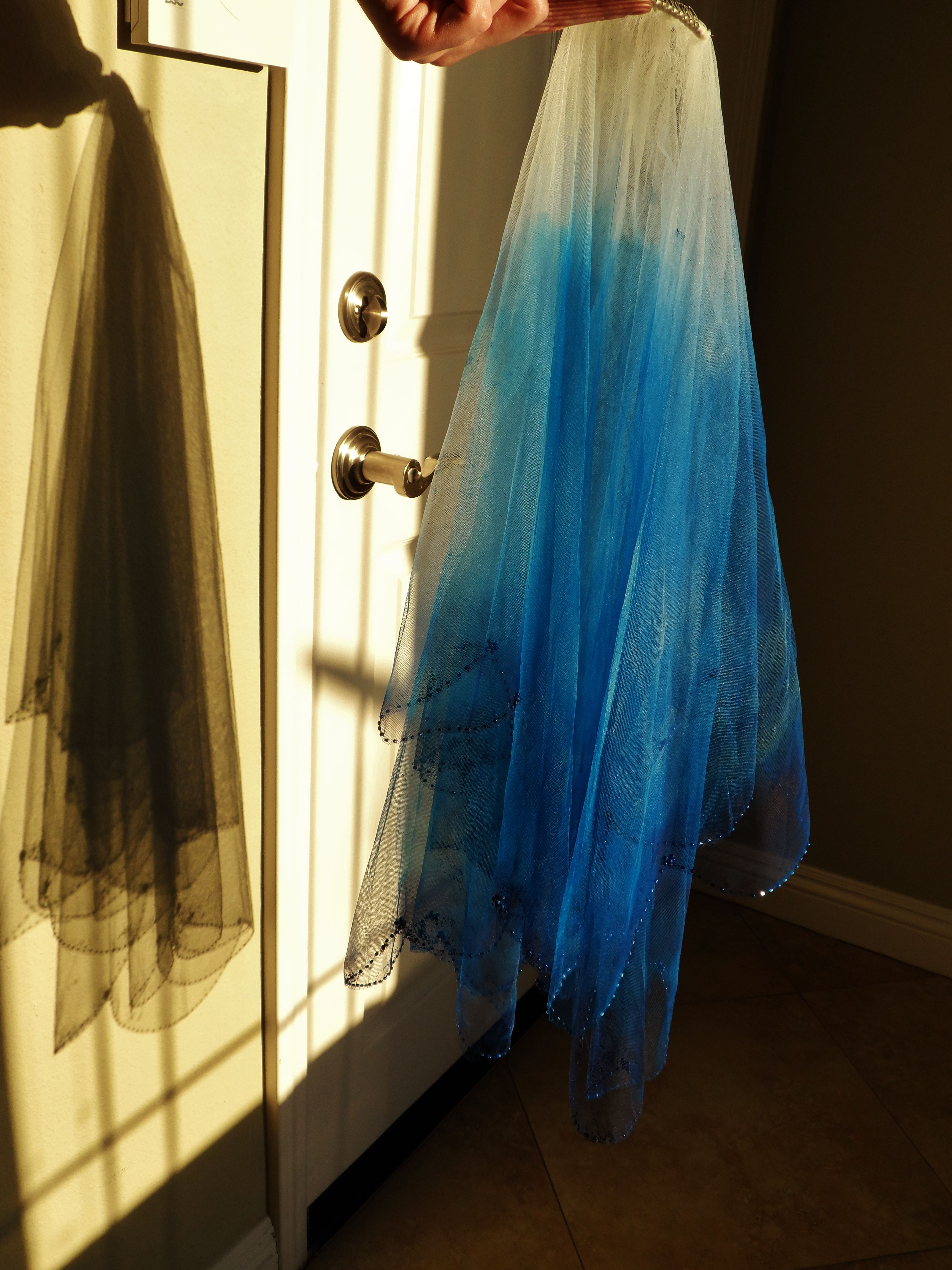 My Ombre Dip Dyed Blue Wedding Veil Done With Spray Paint From Michaels