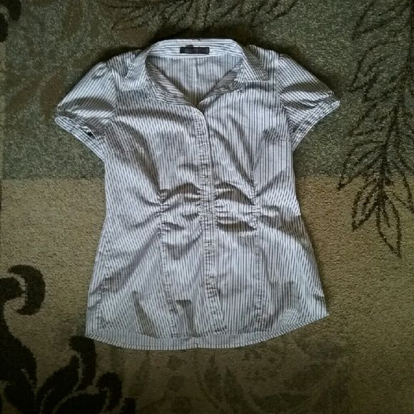 Cute & Comfortable Large Button Down Shirt Large Button down shirt, colors consist  of white, black and grey. Nice and professional. Worn once for an interview. In great condition. The Limited Tops Button Down Shirts