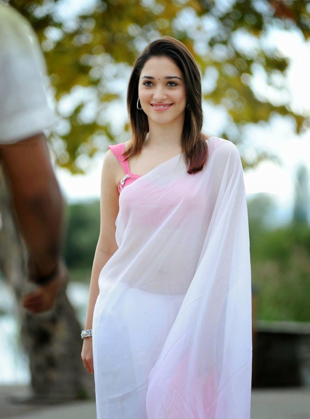 tamannaah+bhatia+images+in+white+saree+at+siima+awards+%286%29