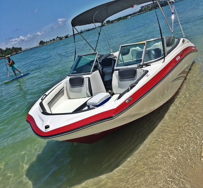 19 feet Yamaha boat for rent in Miami from $72 per hour   To reserve this boat - visit www.boat.me or call us at 305-909-7707 #boatme, #powerboat