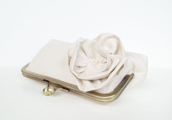 Items similar to big bloom clutch in linen, custom, choose your fabrics, bridesmaid gift, bridal clutch on Etsy