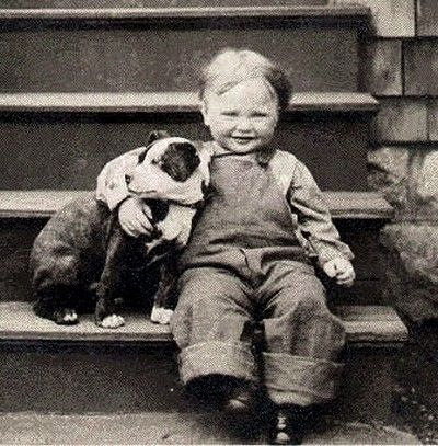 chien nounou chien retro chien enfant