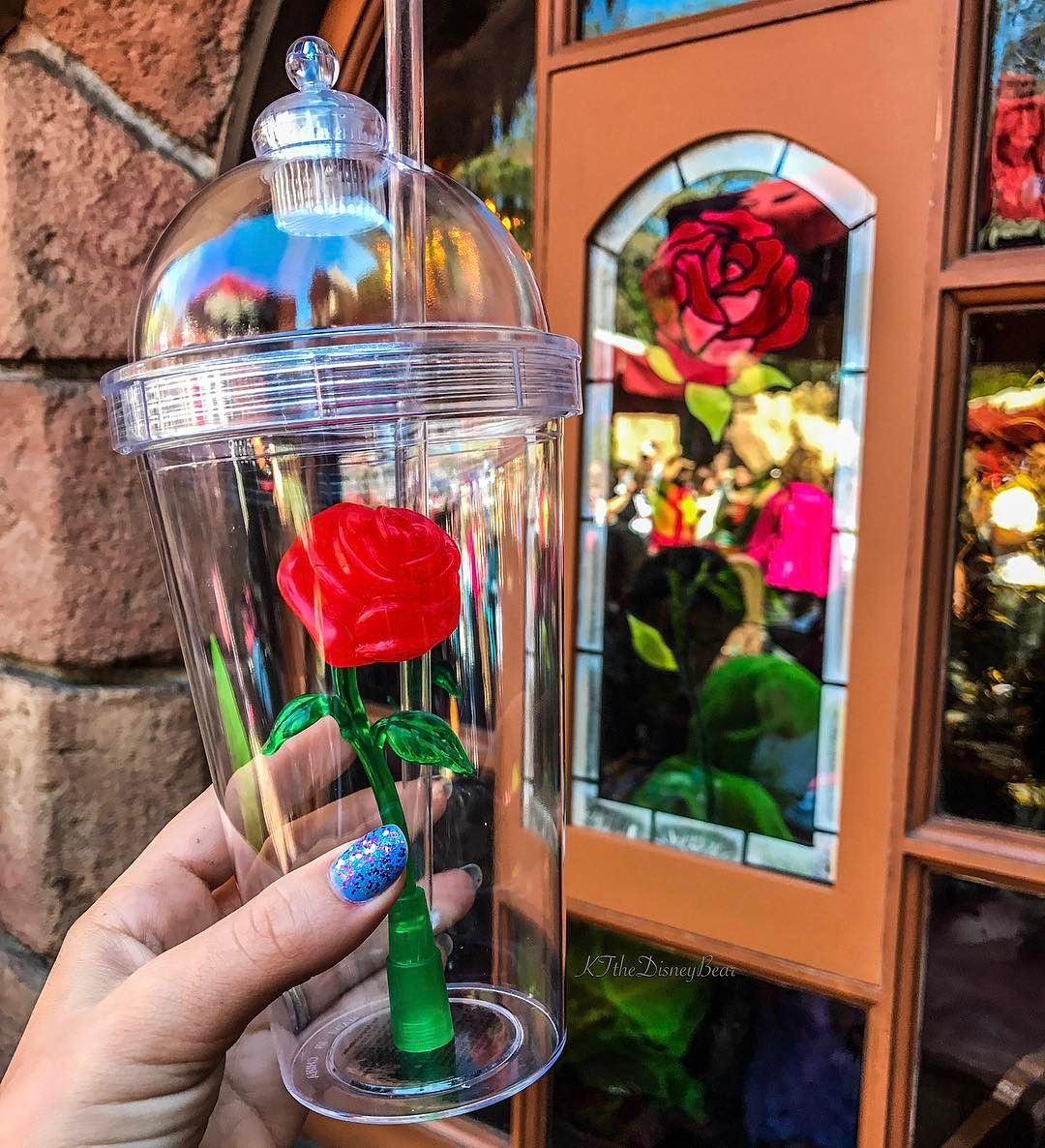 """These """"Beauty and the Beast"""" Cups Are Creating Massive Lines At Disneyland - Enchanted Rose Cups Souvenirs"""